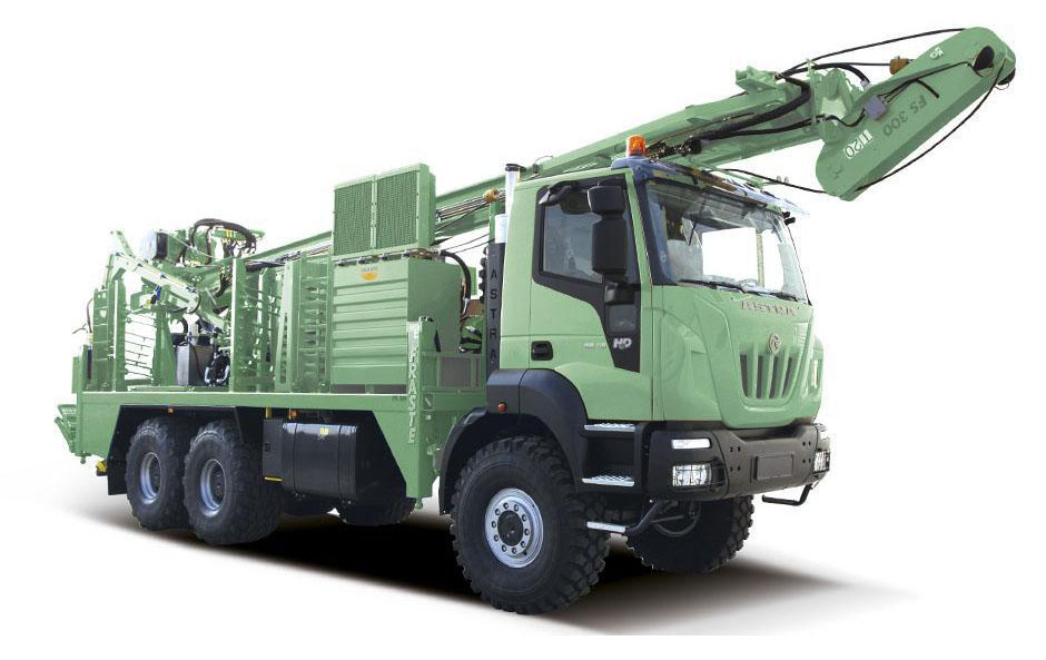FS 300 - Fraste Spa - mobile drilling rigs and truck mounted